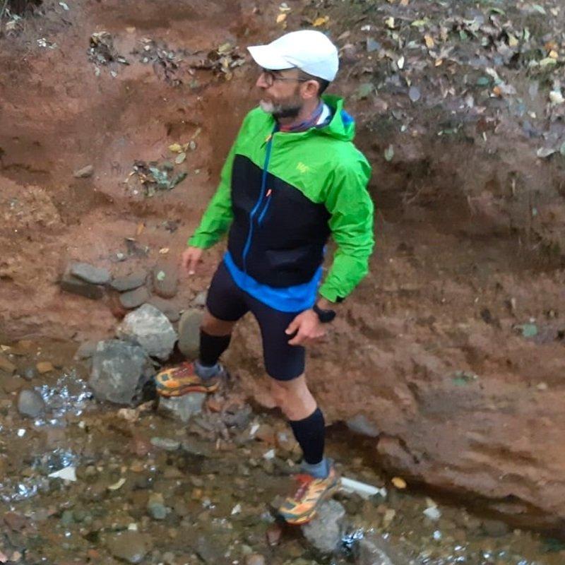 Test sul campo della giacca da trail running