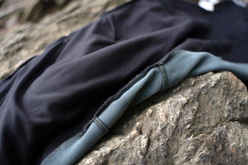 l'interno dei pantaloni da alpinismo