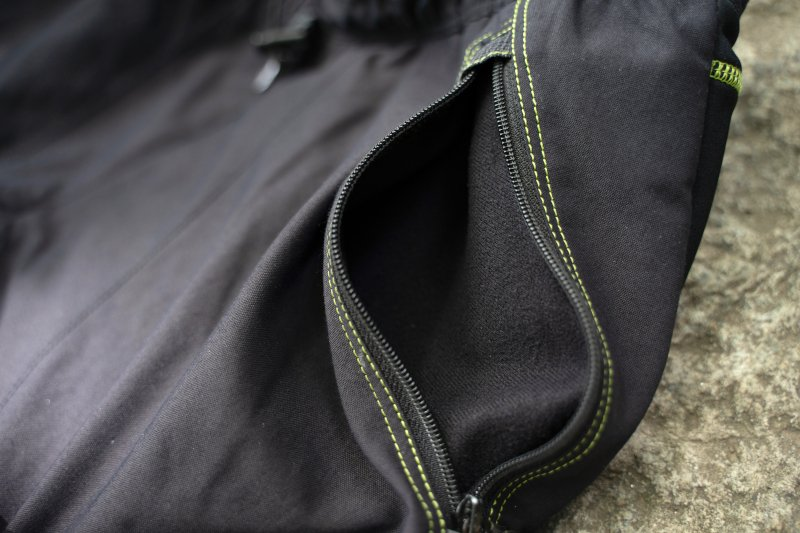 recensione pantaloni alpinismo Montura