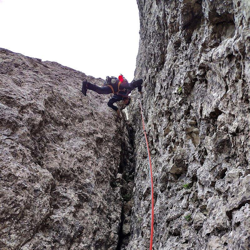 arrampicata in falesia con la corda petzl
