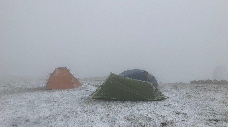 tenda da trekking e condizioni atmosferiche
