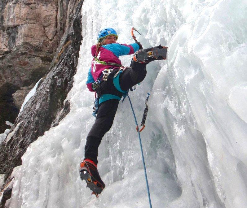 scarponi da alpinismo per cascate di ghiaccio