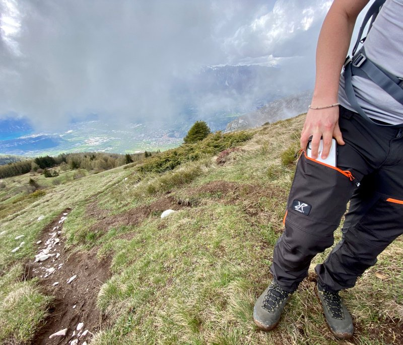 recensione pantaloni montagna revolution race