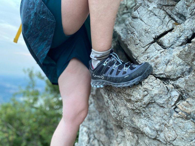 scarponi arrampicata recensione